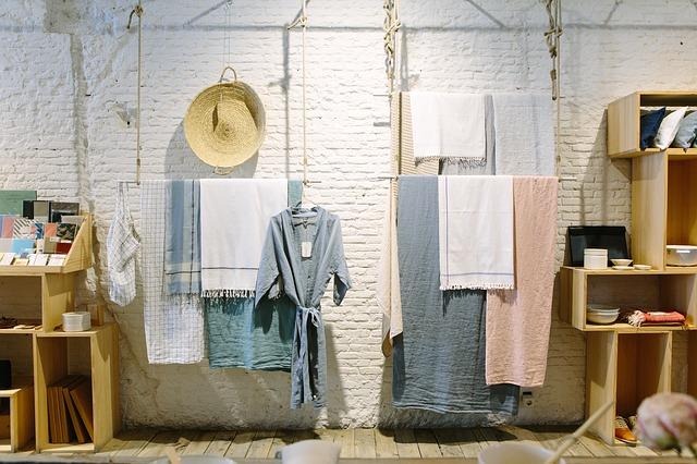 oblečení v interiéru