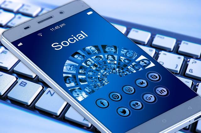 aplikace mobilu