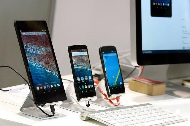 Chytré telefony potřebují ke své práci a pro připojení kInternetu řadu senzorů