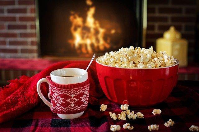 domácí pohoda, popcorn, káva