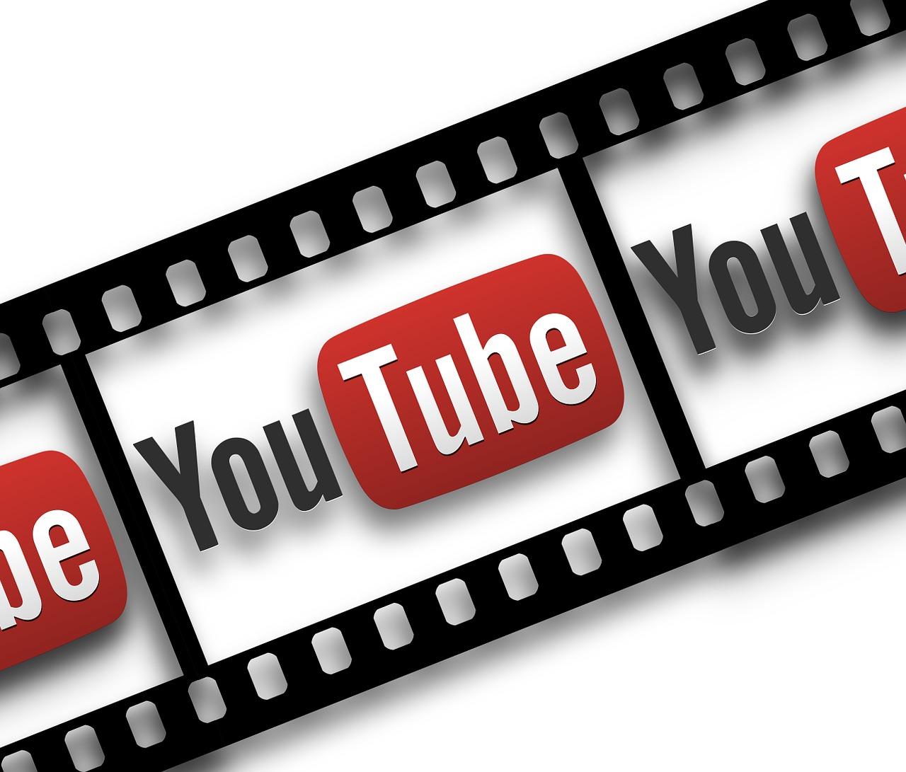 Je lepší použít online video downloader, nebo stáhnout program?